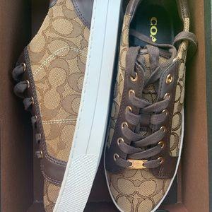 NWT/NWB Coach Sneakers Khaki/Chestnut Size: 8M